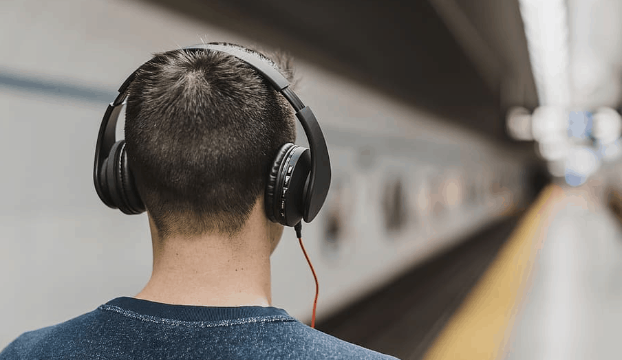 headphones at station